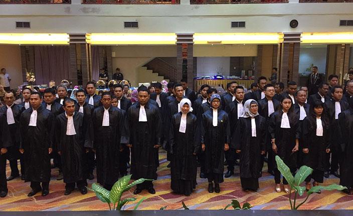 Rapimda dan Pengangkatan Advokat KAI Kalimantan Selatan di Hotel Aria Barito Banjarmasin, 26 April 2016 1