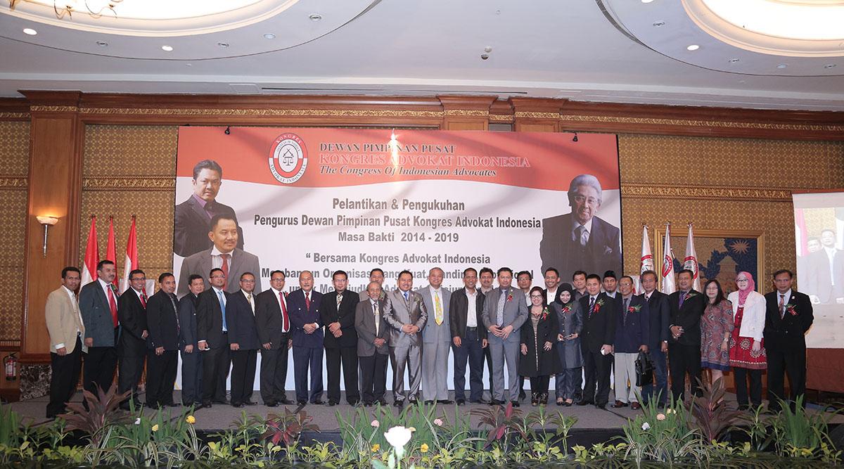 pelantikan pengurus kongres advokat indonesia