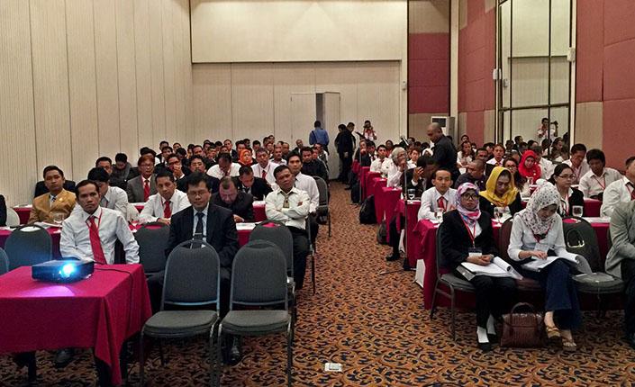 Kongres Advokat Indonesia di Palembang