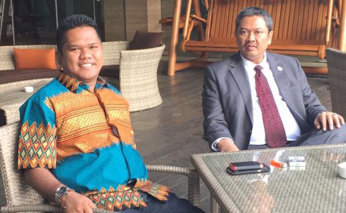 Presiden KAI Tjoetjoe S Hernanto bersama Fadli Nasution