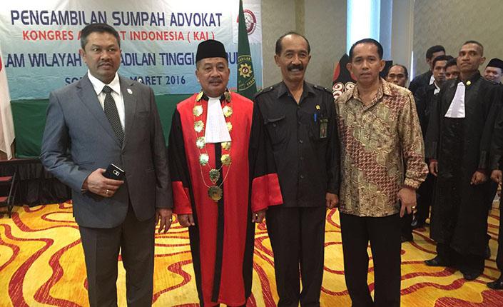 Ketua Pengadilan Tinggi Jayapura Kukuhkan 26 Advokat KAI 6