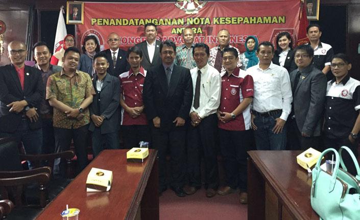 Penandatangan Nota Kesepahaman KAI dengan Sekolah Tinggi Ilmu Hukum Bandung 2