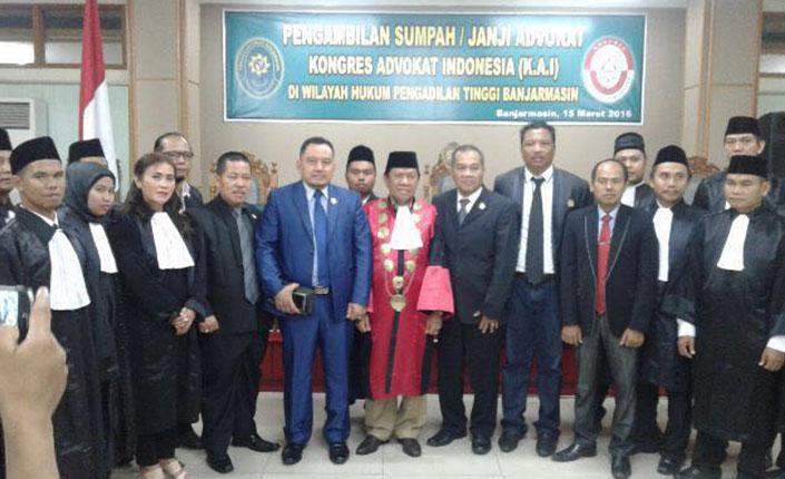 Sidang Terbuka Pengambilan Sumpah Advokat KAI Jawa Timur dan Rakerda KAI Kalimantan Selatan | Banjarmasin, 15 Maret 2016 1