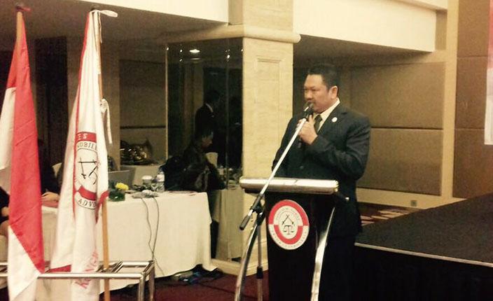 Pelantikan dan Pengukuhan Pengurus DPC KAI Surabaya dan Bojonegoro serta Pengangkatan Advokat KAI Jawa Timur. Hotel Pullman Surabaya, 23 April 2016 4