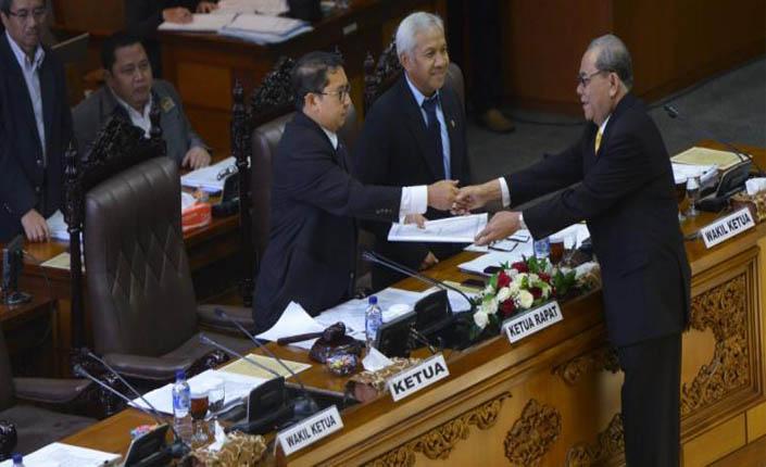 Pemerintah Diminta Tegas dalam Revisi UU Pilkada