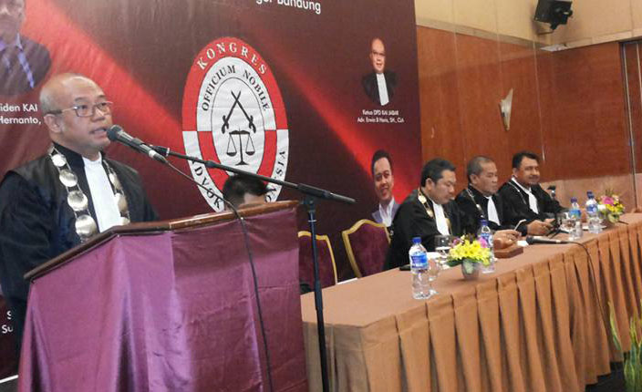 Sidang Terbuka DPP KAI dengan agenda Pengangkatan Advokat KAI Jawa Barat. Hotel Prama Grand Preanger Bandung 7