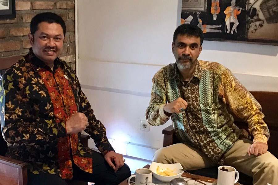 Tjoetjoe S Hernanto dan Pendiri AJI Ate Ahmat Taufik