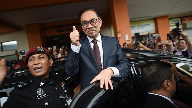 Diampuni Raja Malaysia, Anwar Ibrahim Resmi Bebas