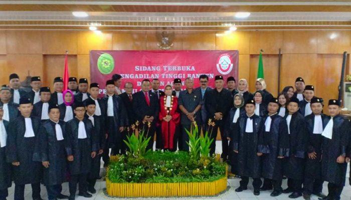 Ketua Pengadilan Tinggi Ambil Sumpah Advokat dari DPD KAI Banten